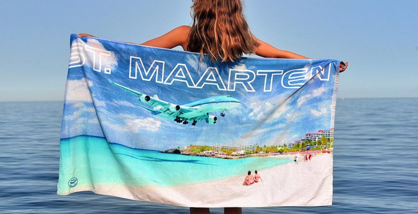 Sint Maarten Beach Towel Happy Barracuda